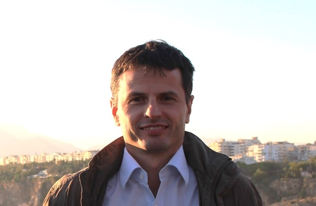 Alberto Solo.jpg