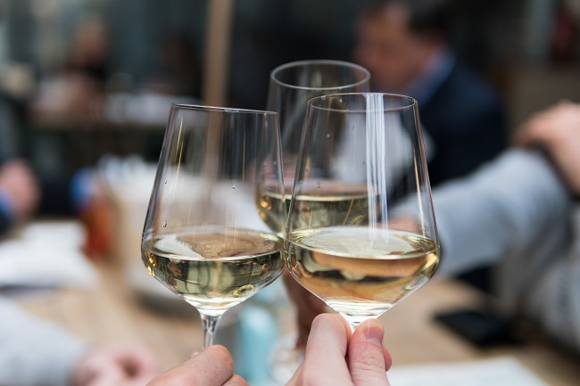 Distinguishing between different levels of alcohol use